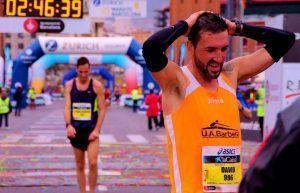 Uno de nuestros Runners corriendo Maraton Barcelona 2013